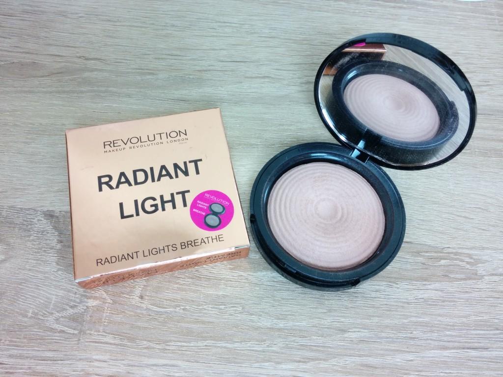 Makeup Revolution Radiant Light